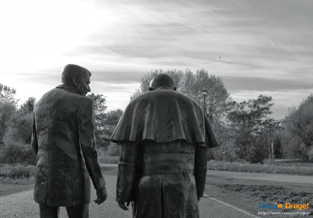 Park Reagana w Gdańsku - pomnik Papieża i Reagana
