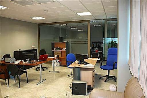 Venta de oficina en mairena del aljarafe metropol ii for Telefono oficina seur mairena del aljarafe