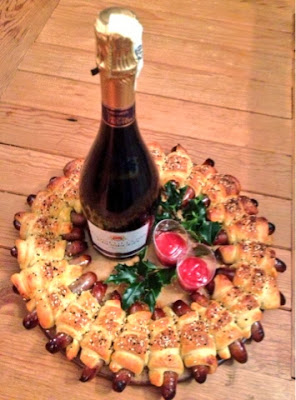 Sausage & Croissant Wreath Prosecco Christmas