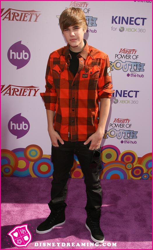 Justin-Bieber-Power-Of-Youth-4.jpg