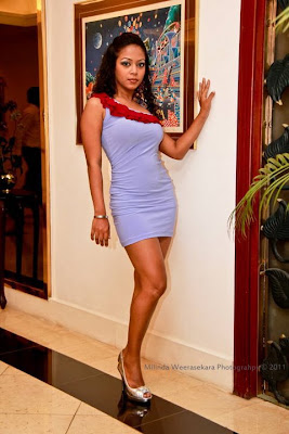 Sri lankan Actress hot photo