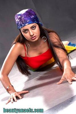 Jayashree+Rao-www.beautyanaels.com-1.jpg (534×800)