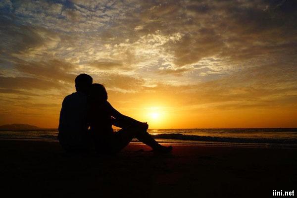 thơ biển đêm lãng mạn cho đôi tình nhân