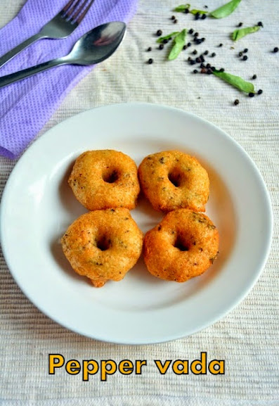 Ulundu vada with pepper