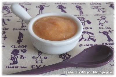 recette-bébé-compote-pomme-pêche