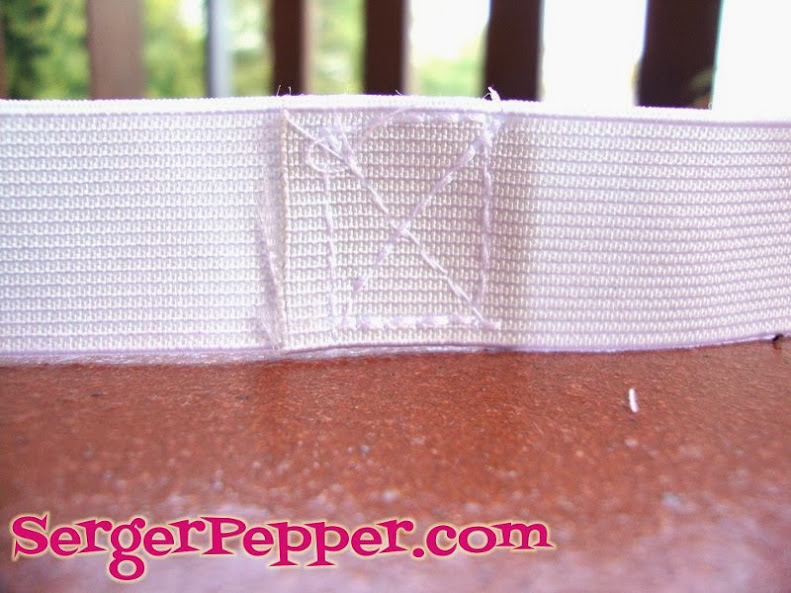 Serger Pepper - Ruffled Leggings - close elastic