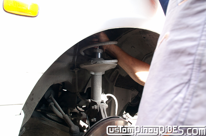 Custom Pinoy Rides Nissan Cefiro A32 VIP Style Lowering Spring Install pic5
