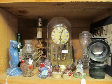 clock & bricabrac