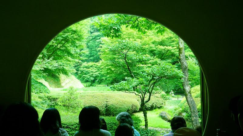 鎌倉 明月院 丸窓 写真