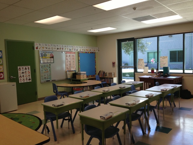 Elementary Classrooms Without Desks : The lower elementary cottage pictures of my new classroom