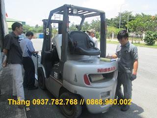 Xe nâng cũ Nissan diesel 2.5 tấn