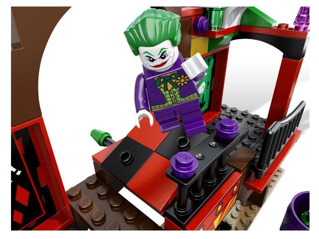 レゴ スーパーヒーローズ バットマン・ファンハウスエスケープ6857