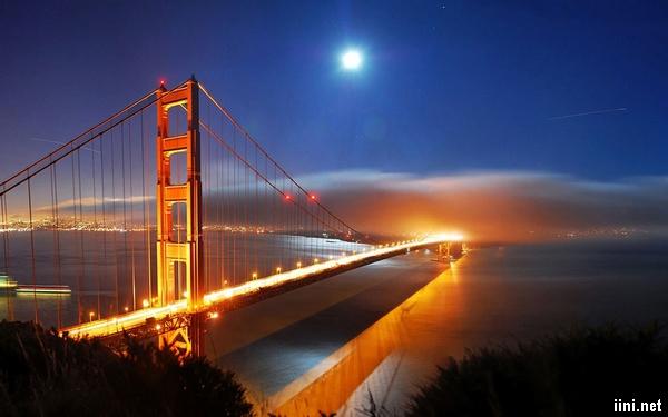 ảnh ánh trăng thành phố về đêm
