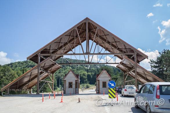 Bursa, Uludağ Milli Parkı girişi