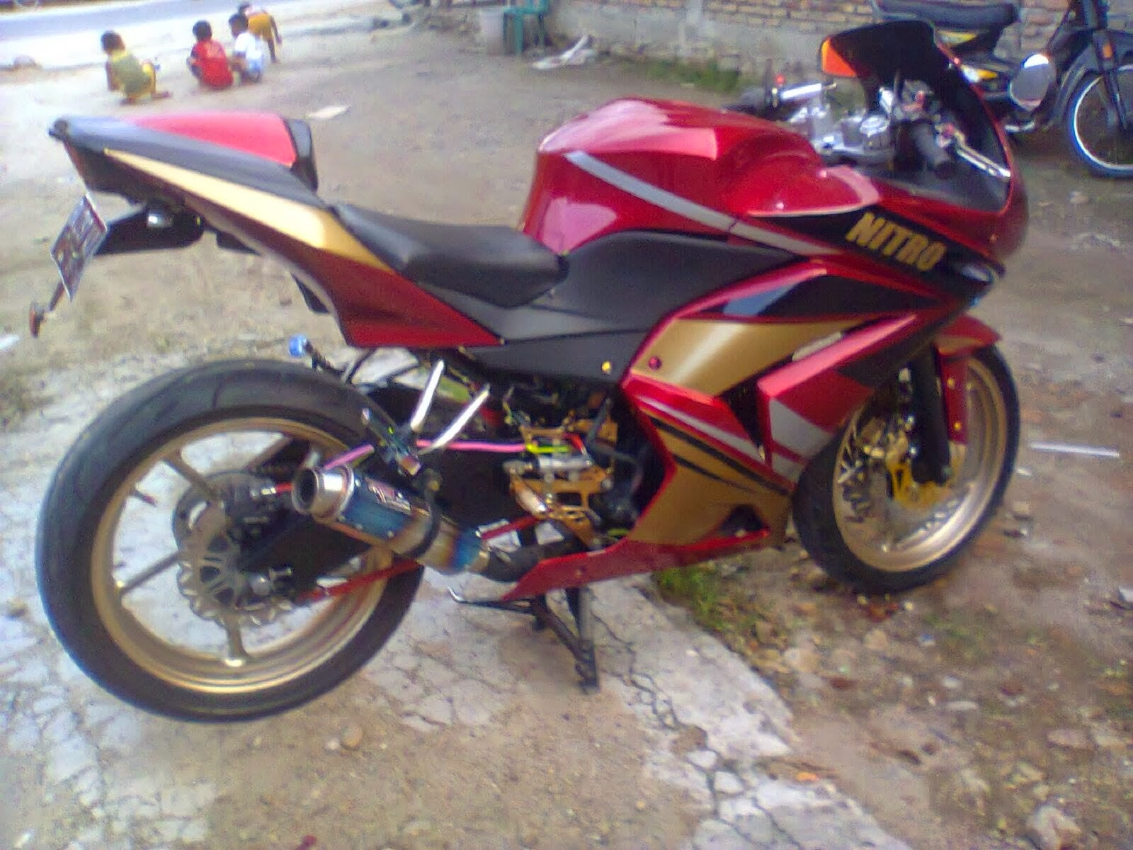 byson modifikasi r1