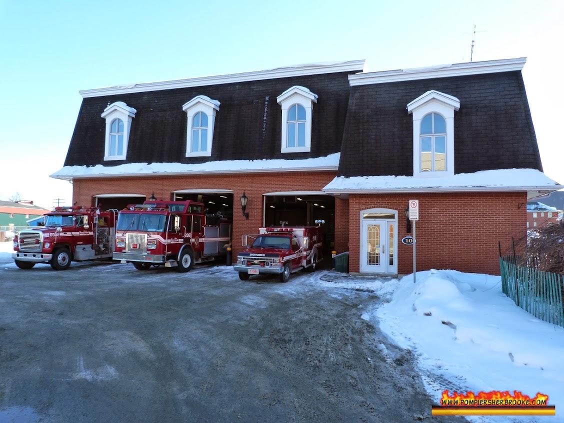 Poste d'incendie #6 / Pompier Sherbrooke