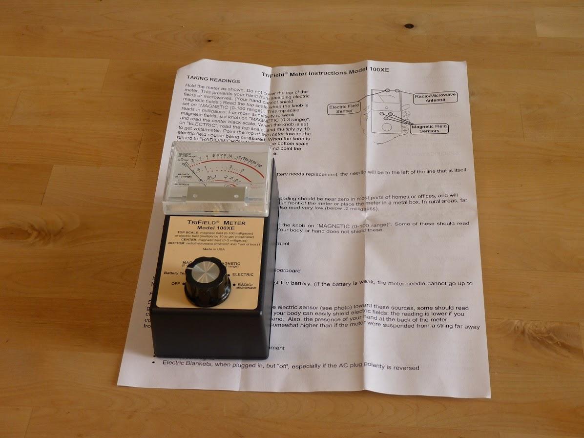 TRI FIELD 100XE ELF EMF/EMR meter