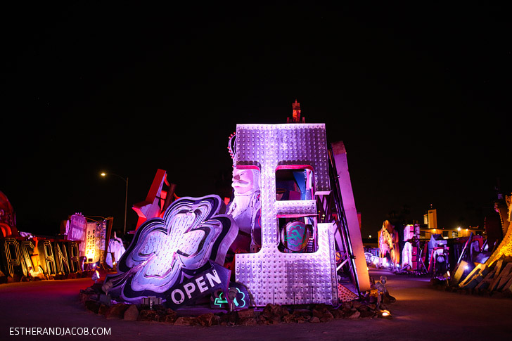Las Vegas Neon Museum // What to Do in Las Vegas NV.
