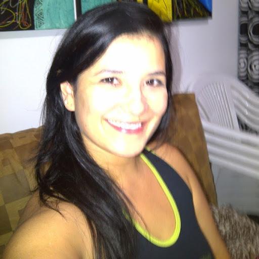 Edna Castaneda Photo 10