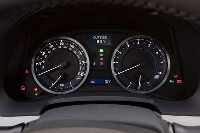 Lexus_IS_350_2011_04_1728x1152