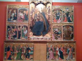 Visión general de un retablo gótico.
