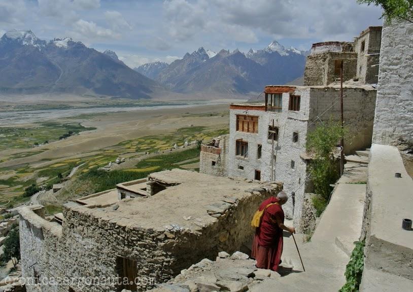 Ladakh es uno de los lugares más impresionantes del mundo, Hay que viajar a India para verlo!