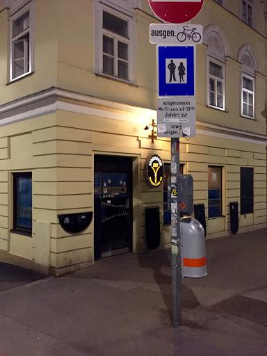 Cafe Zipp, Burggasse 66, 1070 Wien, Österreich, Kneipe, state Wien