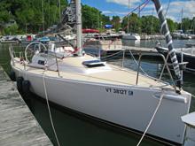 J/95 cruising shoal draft day sailer
