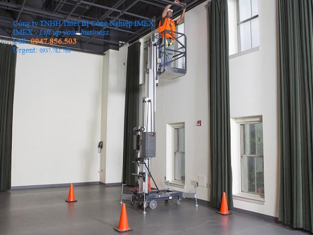 Thang nâng tự hành thẳng đứng 5.89m