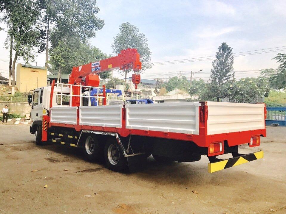 D:\HỢP DỒNG\Pictures\HYUNDAI\CẨU\hình xe cẩu hyundai\HD210\KANGLIM 6 TẤN 5 KHÚC\xe-tải-hyundai-14-tấn-hd210-gắn-cẩu-kanglim-5-tấn-6-tấn-model-ks1056 (3).jpg