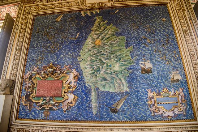 Lạc lối giữa những bản đồ đẹp mê hồn của Vatican