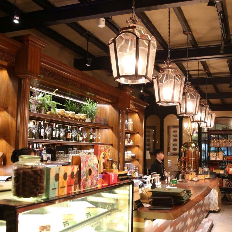 Có nhiều mẫu đèn trang trí quán cafe đẹp ấn tượng và hấp dẫn