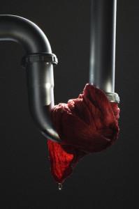 протечка трубы пвх