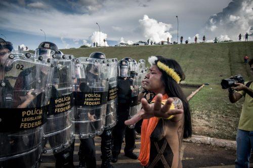 Conflitos e resistências pela voz de mulheres nordestinas