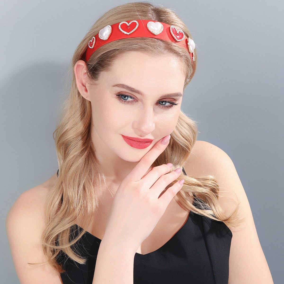 Headbands are amazing for its utility and hair dressing