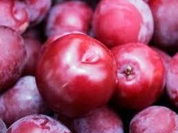 Red Plum Nutrition Facts - Eat This Much
