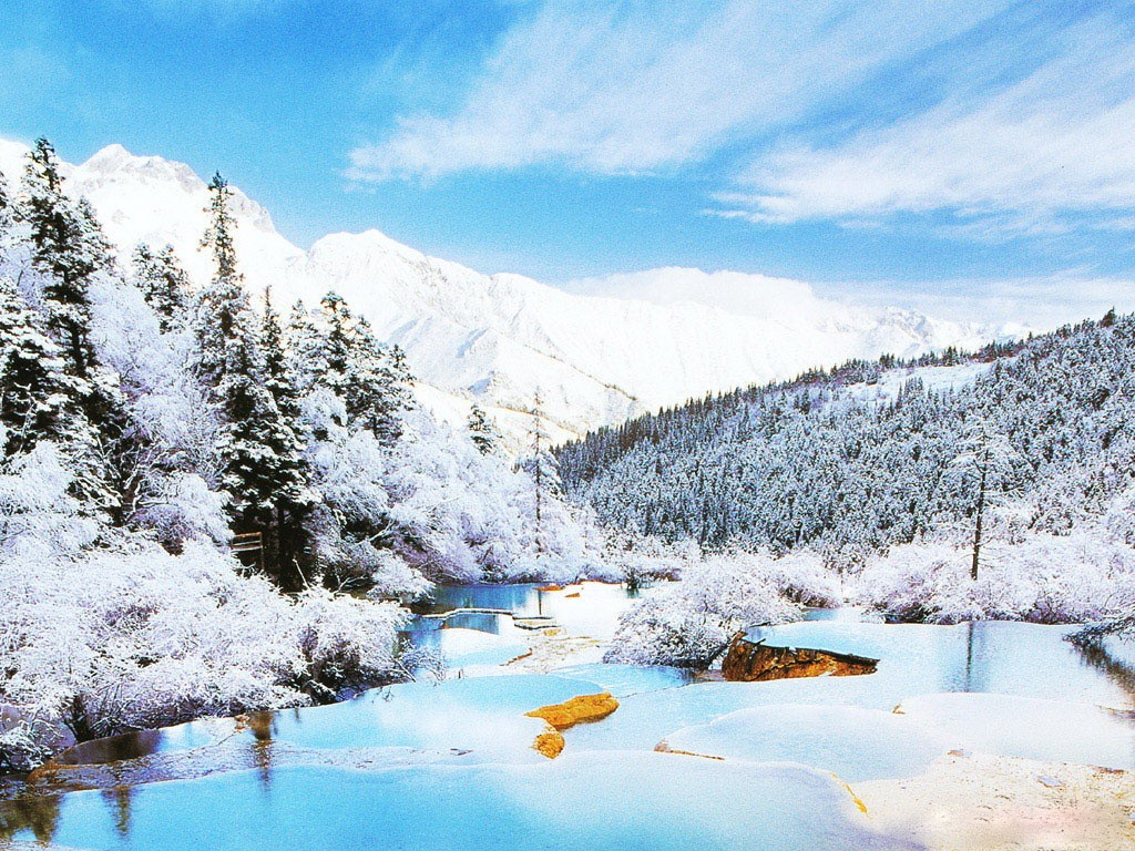 Phong cảnh tuyệt mỹ khi vào đông củaJiuzhaigou