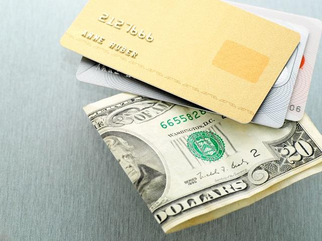 Điều kiện đăng ký và quy trình rút tiền tại đơn vị Rút Tiền Nhanh 24h hết sức đơn giản, khách hàng chỉ cần đem theo CMND và thẻ tín dụng đến chi nhánh tại Quận Bình Tân để được nhân viên hướng dẫn trực tiếp