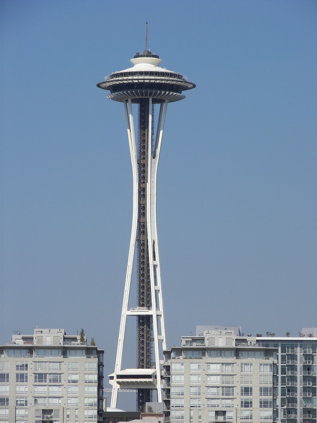 File:Space Needle from Elliott ...