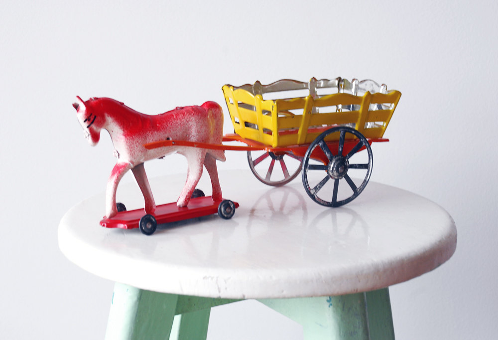 Vintage Horse and Carriage Tin Toy 1970s by  Portugal Pop