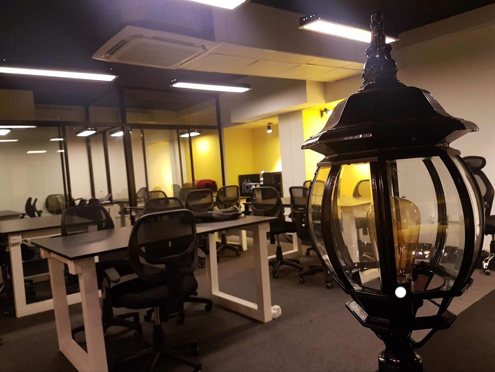 Open Coworking Space in Dhaka