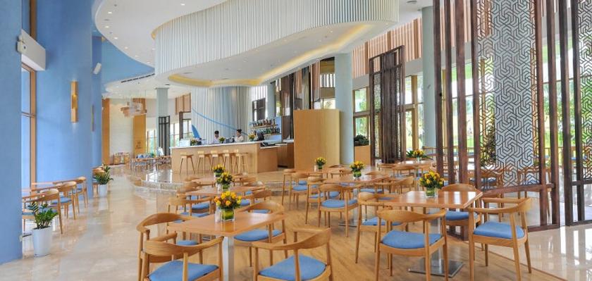 colada lounge FLC Luxury Hotel Quy Nhơn