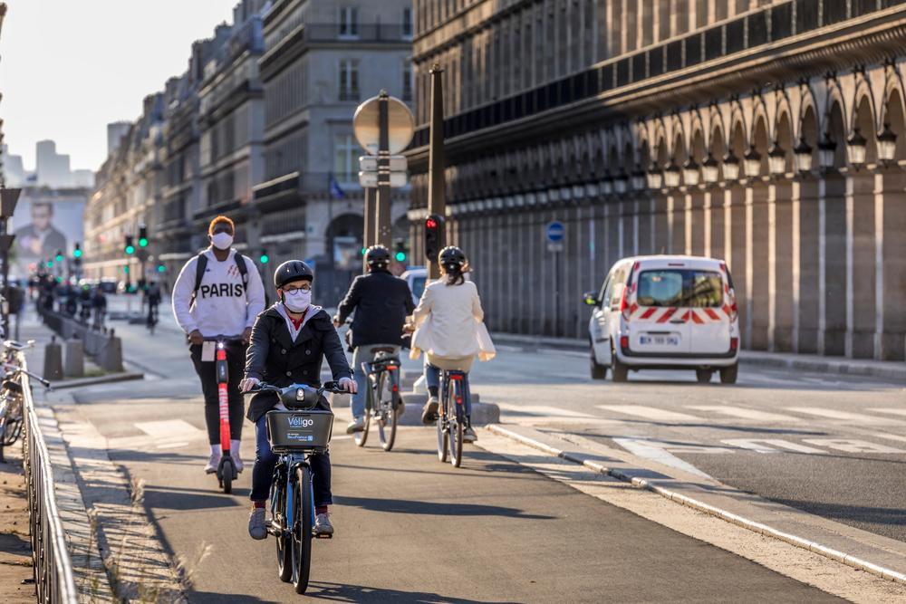 Bicicletas são os melhores veículos para ajudar a zerar as emissões de gases do efeito estufa. (Fonte: Shutterstock/Jerome LABOUYRIE/Reprodução)