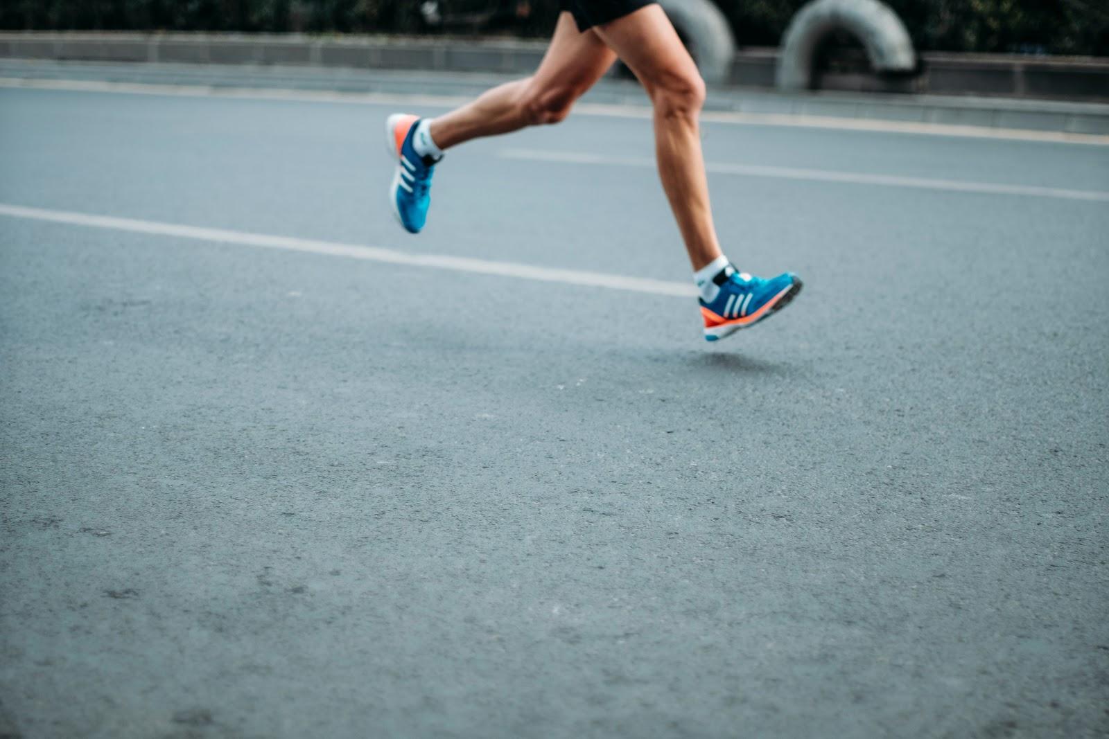 jogging image (swimming vs running)