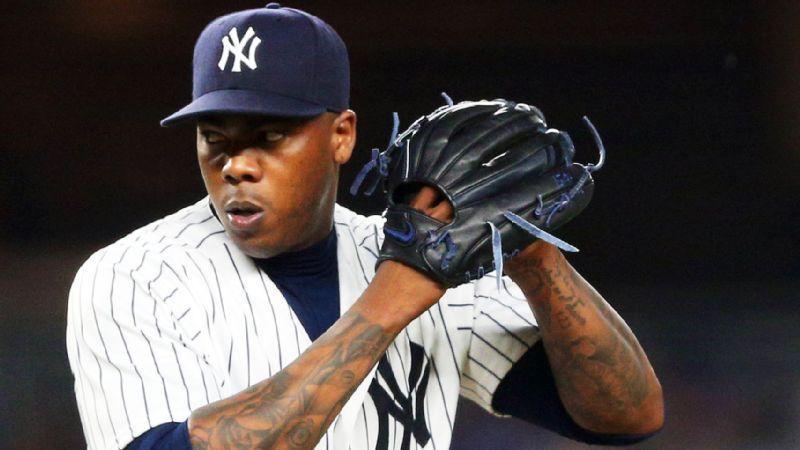 Imagen que contiene béisbol, persona, reproductor, hombre  Descripción generada automáticamente