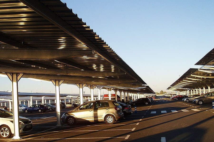 parking-solar-aeropuerto-sevilla