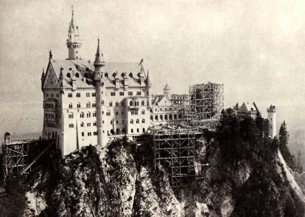 История замка Нойшванштайн