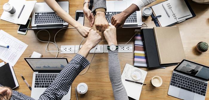 Mejora los procesos administrativos con un equipo de trabajo eficiente.