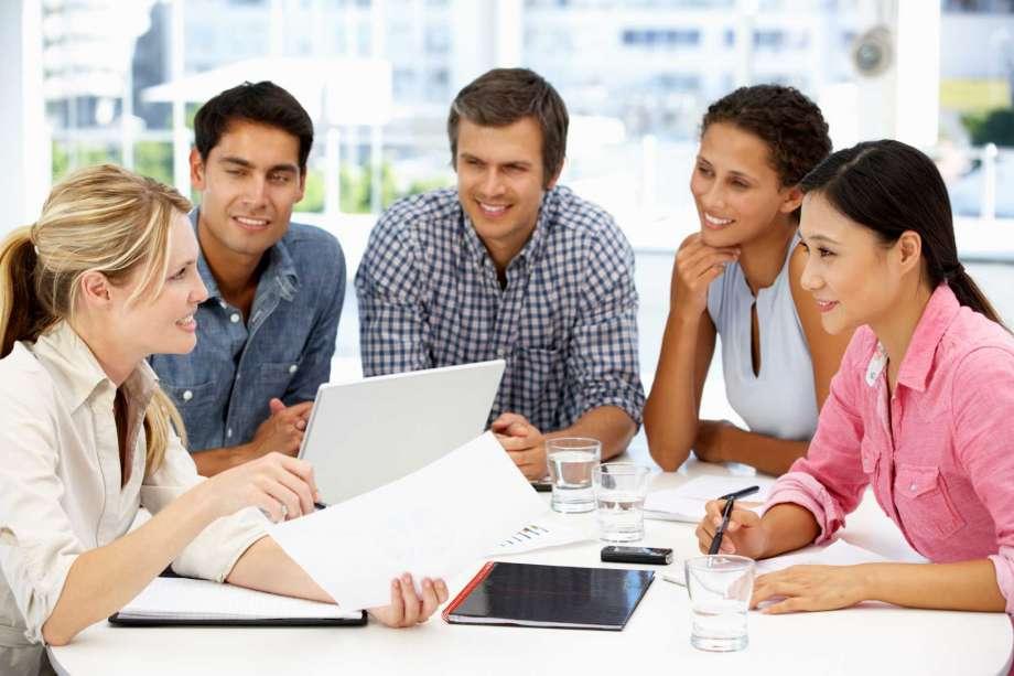 rèn luyện cách làm việc nhóm