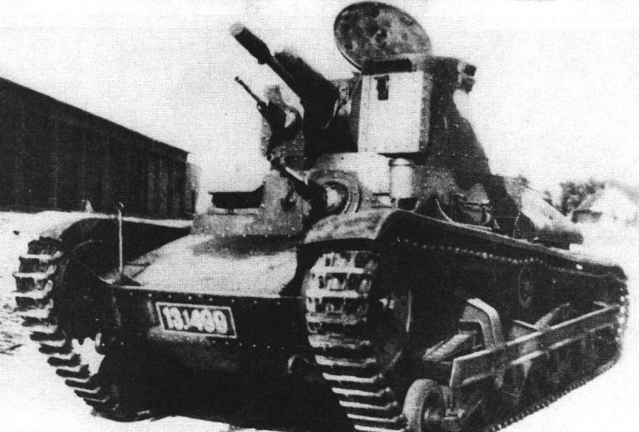 Lehký tank LT-34 (02).jpg
